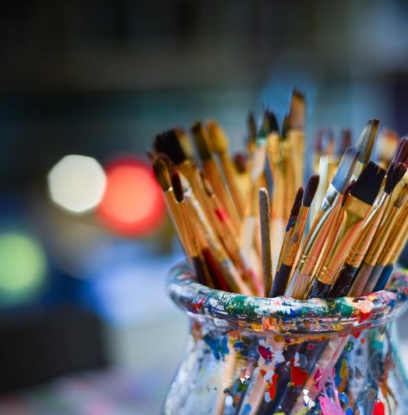 brushes-3129361_1920